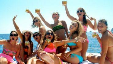 Barco para fiestas en Almería