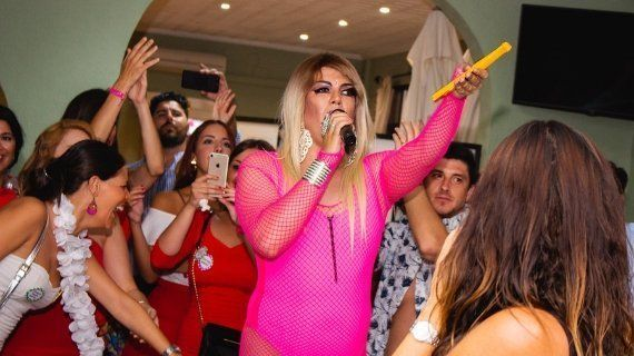 pack despedida en punta umbria con drag queen
