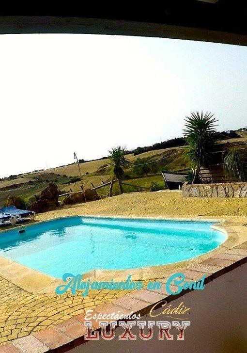 alquiler de casas en conil con piscina